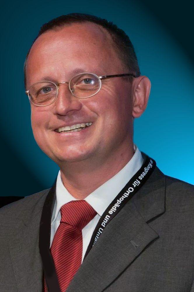 Prof. Dr. med. Henning Madry