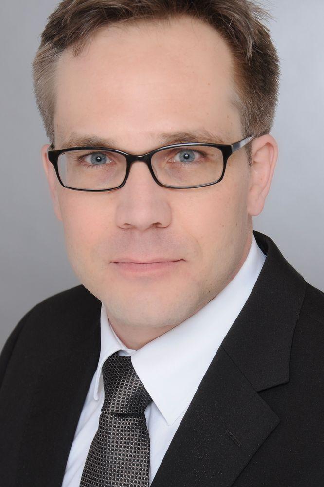 Dr. med. Sebastian Manegold